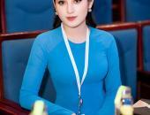 http://goctinmoi.com/a-hau-huyen-my-mac-ao-dai-doan-duyen-dang-hoi-ngo-nghe-si-xuan-bac-206783.html