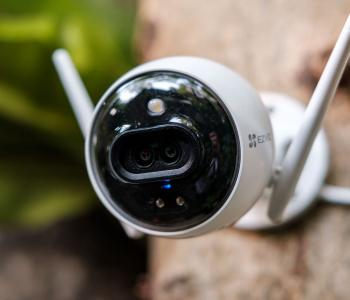 Trải nghiệm camera ngoài trời EZVIZ C3X: ghi hình ảnh về đêm tốt, nhận biết thông minh