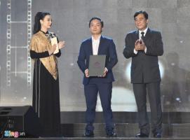 Vì sao Trấn Thành, Hoàng Yến Chibi vắng mặt dù đoạt giải ở LHP?