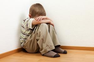5 dấu hiệu cảnh báo trẻ dễ mắc rối loạn tự kỷ: Cha mẹ cần đặc biệt lưu ý