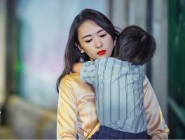 Vì sao nhiều người phụ nữ khi quyết định 'buông tay' hôn nhân lại ngày càng xinh đẹp, khí chất hơn?