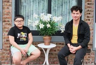 Màn đối đáp hài hước của của Bi Béo với bố Xuân Bắc khiến Giáo sư Cù Trọng Xoay cũng phải trầm trồ