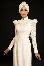 Trương Thị May đẹp cuốn hút khi diện mốt áo dài quấn khăn Turban