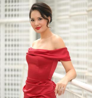 Hoa hậu Hương Giang:Gia đình tôi không có giúp việc